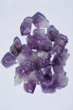 Природный кристалл из аметиста в ассортименте F1
