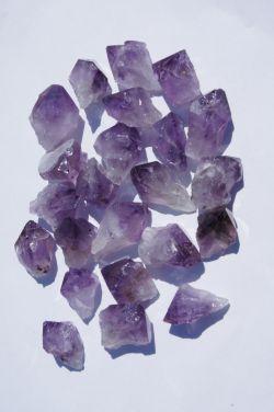 Природный кристалл из аметиста в ассортименте F2
