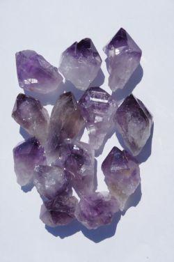 Природный кристалл из аметиста в ассортименте S