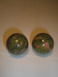 Шары магические. Зеленая яшма (унакит). 34 мм, (пара).